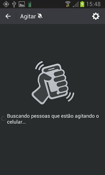 WeChat_buscando_pessoas_que_est_o_agitando_o_celular